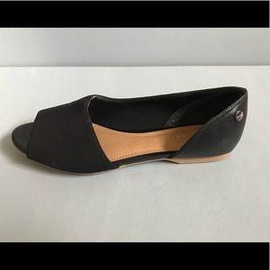 Calvin Klein Shoes - Calvin Klein Black Flats